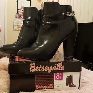 Betseyville Navy Boots